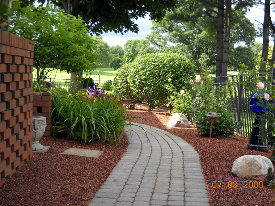 Brick Pavers Improve Your Landscaping Greenway